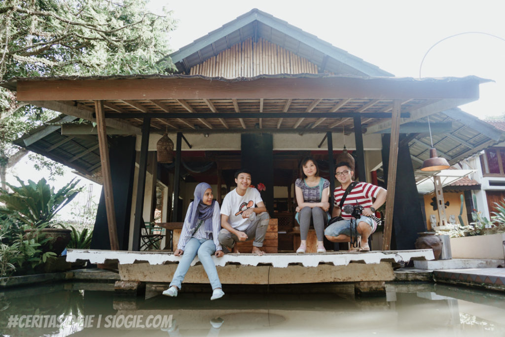Staycation di The Village Resort Pancawati