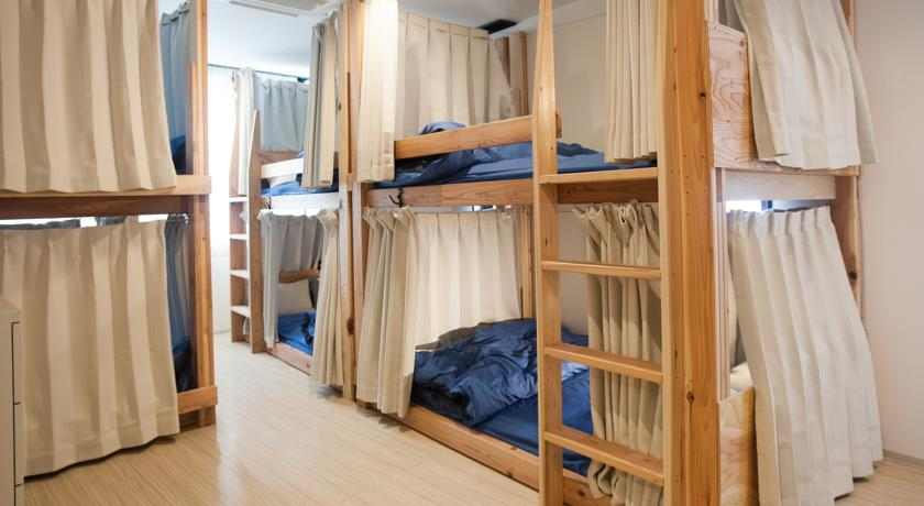 Review Ark Hostel Japan
